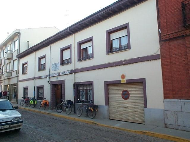 Hospital De Orbigo (new) Refuge Camino De Santiago.jpg