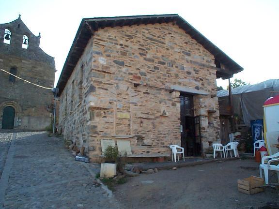 Cacabelos to Villafranca Del Bierzo Cafe
